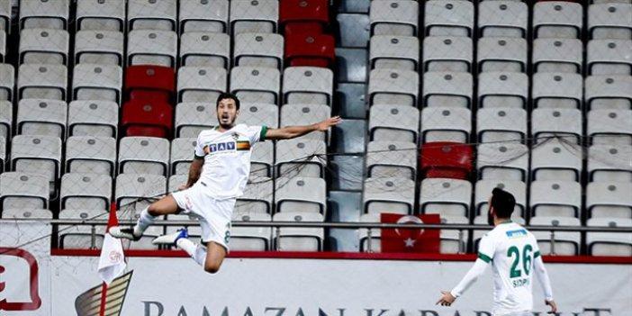Antalya derbisini Alanyaspor kazandı