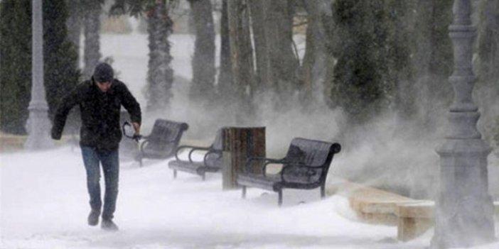 Meteoroloji il il uyardı. Sağanak, kar ve fırtına geliyor
