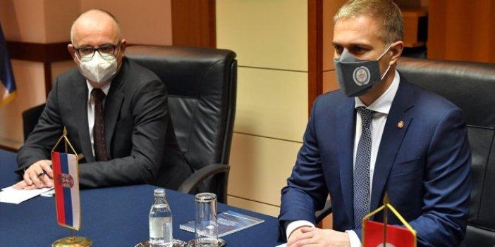 Sırbistan'tan savunma alanında işbirliği sinyali