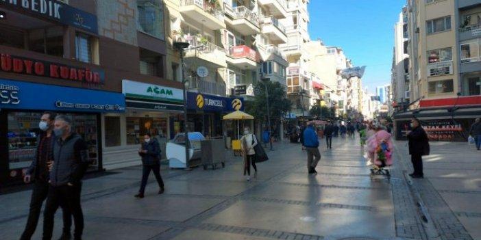 Depremden sonra vaka sayıları artan İzmir'de sokaklar boşaldı