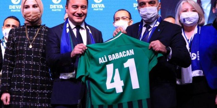 DEVA Genel Başkanı Ali Babacan, partisinin Kocaeli kongresinde konuştu