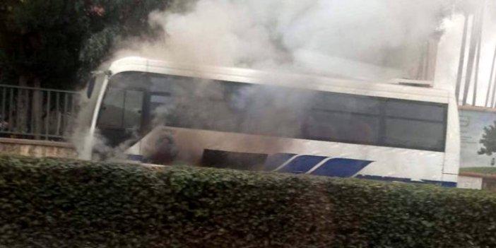 Mersin'de halk otobüsünde yangın korkuttu