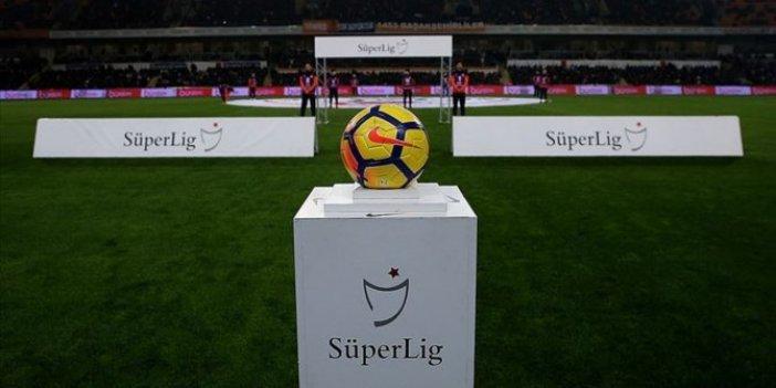 Süper Lig'de 11.hafta heyecanı başlıyor. İşte haftanın programı ve hakemleri