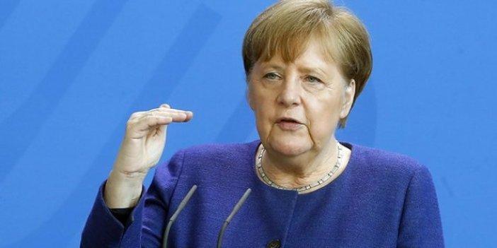 Merkel'den flaş korona virüs açıklaması. 9 ay sonra tünelin ucunu gördük