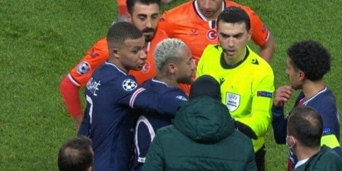 Mbappe maçın hakemine böyle rest çekti. Webo'ya ırkçı saldırıdan hemen sonra yaşandı
