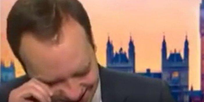 İngiltere Sağlık Bakanı ağladı