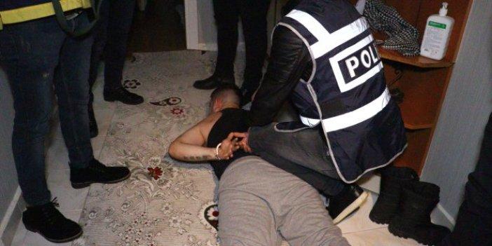Şafak vakti polis yere yatırıp kelepçeyi bastı. Ankara'da esnafın kabusu olmuşlardı