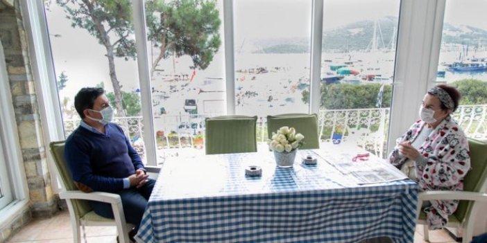 Fatma Girik'in yaşını duyan maşallah dedi. Ünlü sanatçıya doğum günü ziyareti