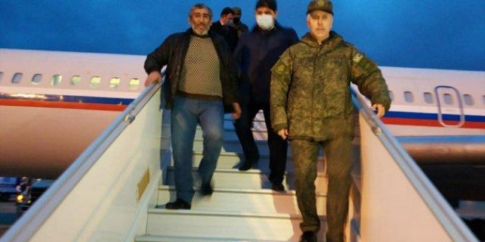 Zalim Ermenistan'ın elinden alınıp bugün Bakü'ye getirildiler. 7 yıldır Ermenistan'da esir tutuluyorlardı. Medeni dünya bu adamları görmezden geliyordu