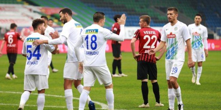 Çaykur Rizespor ilk yarıda 3 gol attı, turu kaptı