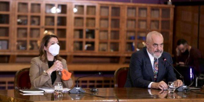 Arnavutluk Başbakanı Rama'dan Türkiye'nin korona virüs mücadelesine övgü