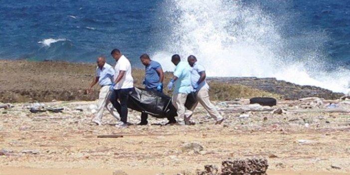 Göçmenlerin cesedi sahile vurdu