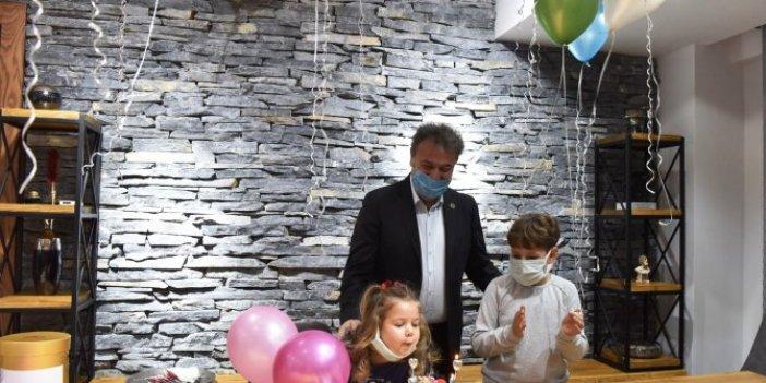 İzmir depreminin mucizesi Minik Ayda'ya büyük sürpriz