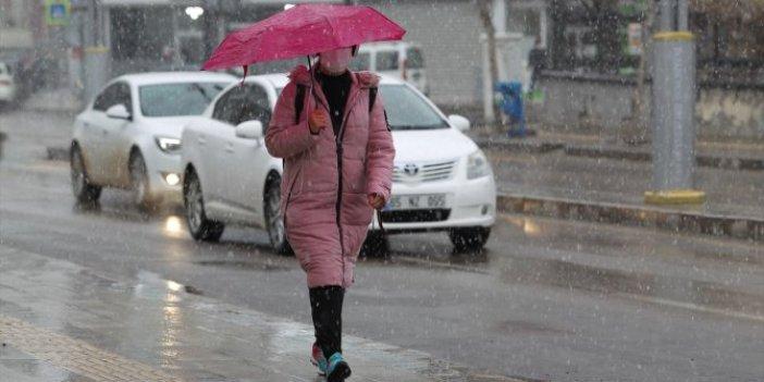 Kar yağışı Doğu illerini etkisi altına aldı