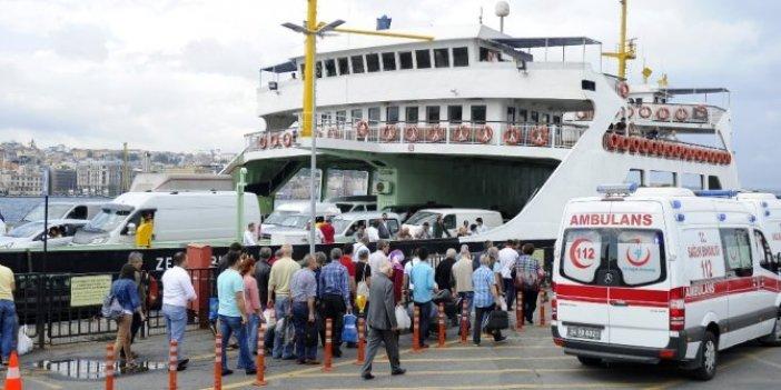 İstanbul'da feribotta iğrenç olay. Arabalı vapurun feribotundaki alçaklık. Annesinden de izin almış