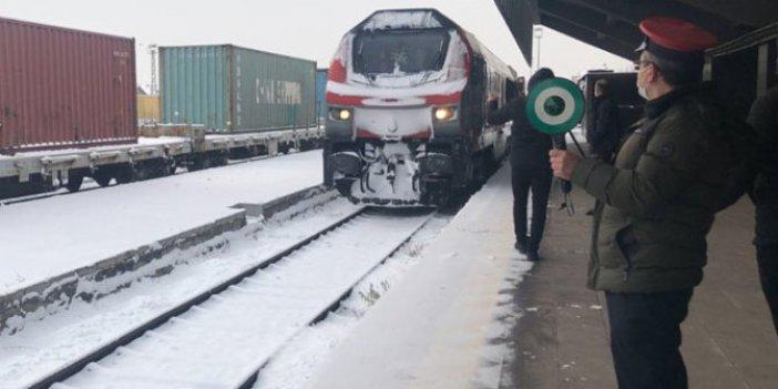 Çin'e giden ikinci ihracat treni Kars'a ulaştı