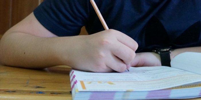 Liselerde yüz yüze sınavlar ne zaman yapılacak. Bakan Selçuk açıkladı