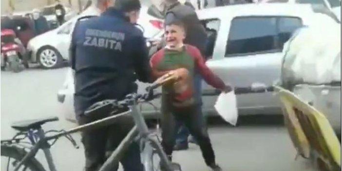 Vicdansız Zabıtanın çocuklara yaptığına bak. İskenderun Belediyesi'nin skandal görüntüleri