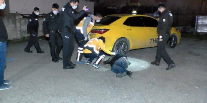 İstanbul'da olaylı gece. Müşteri kılıçla taksi durağına saldırdı