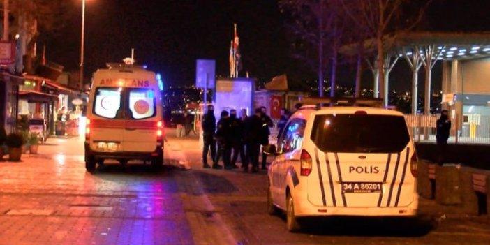 Galata Köprüsü'nden denize atlayan kişiyi polis kurtardı