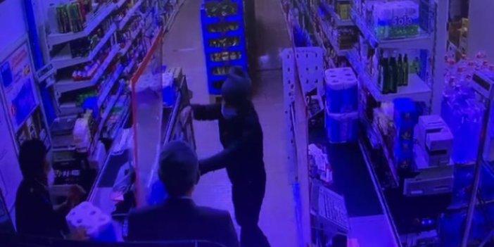 Markete girdi silahını çekti ama bunu hiç beklemiyordu. Bu sefer soyguncu dehşeti yaşadı