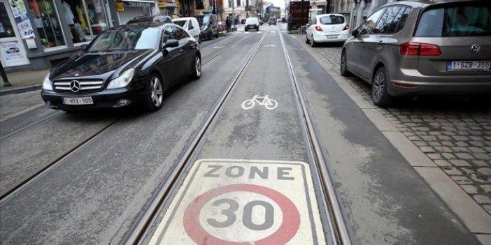 Brüksel'de şehir içi trafikte araçlar için hız sınırı 30 kilometreye düşürüldü