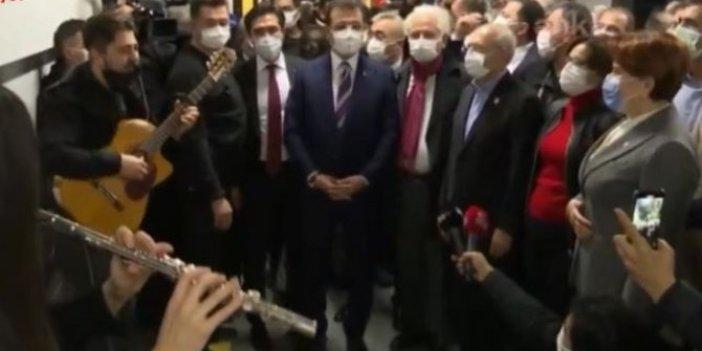Meral Akşener ve Kılıçdaroğlu sokak sanatçıları ile şarkı söyledi