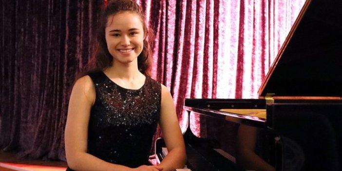 15 yaşındaki Nehir piyanoda dünya birincisi