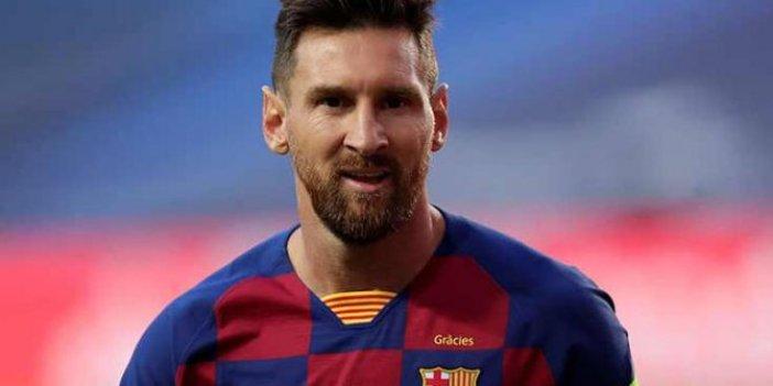 En fazla karşılaşmada oynayan futbolcu rekoruna Messi yaklaştı. La Liga'da 500. maç