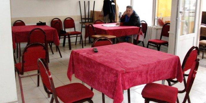Bayburt'ta kahvehaneye baskın