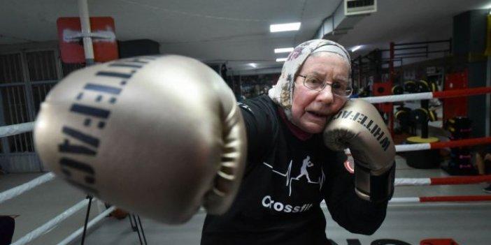 75 yaşındaki Belçikalı boksör Naciye teyze Antalya'da ringlerin tozunu atıyor