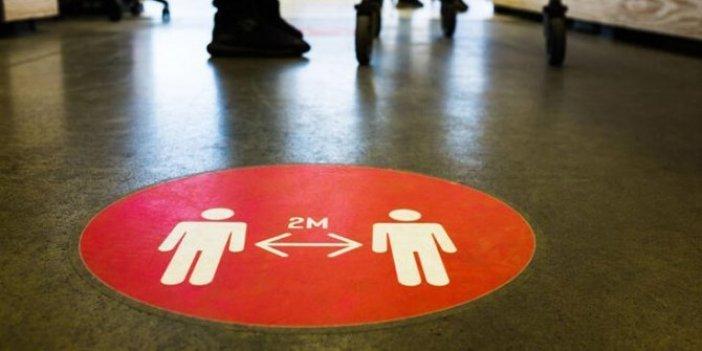 Danimarka'da risk seviyesi 5'e çıkarıldı. Artık sosyal mesafe 2 metre