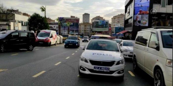 Çekmeköy'de kuyumcu soygunu: 45 bin liralık altını alıp kaçtılar!