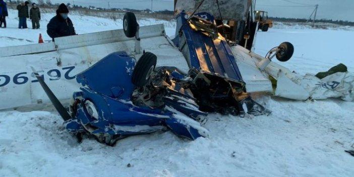 Rusya'da iki uçak havada çarpıştı