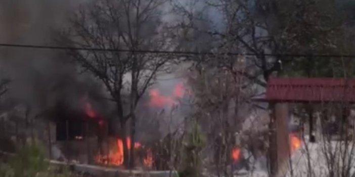 Karabük'te sobadan sıçrayan kıvılcımlar evi yaktı