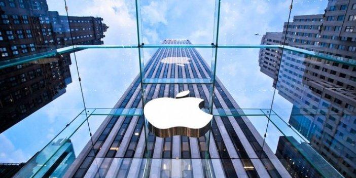 Apple'dan Parler uygulaması için flaş adım