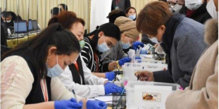 Kırgızistan'da seçime katılım oranı yüzde 33,13 oldu