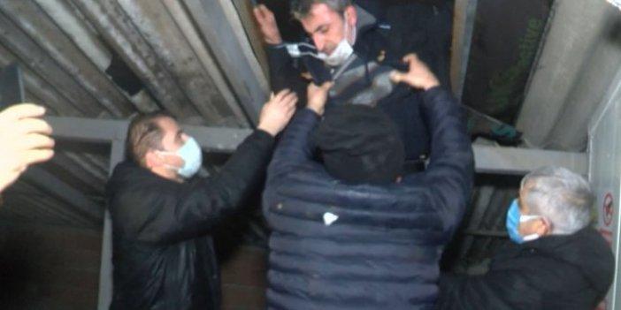 Kumar oynayan adamın savunması ekipleri de şaşırttı. Polisten kaçmak için çatıya sığındı