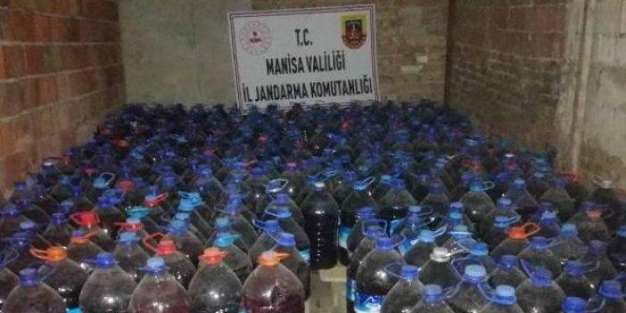 Manisa'da 3 bin 365 litre sahte şarap ele geçirildi
