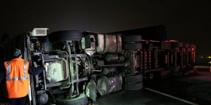 Buzlanma kaza getirdi. TIR'lar kamyonlar birbirine girdi