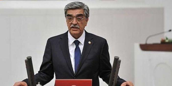 Eski milletvekili M. Necmettin Ahrazoğlu hayatını kaybetti