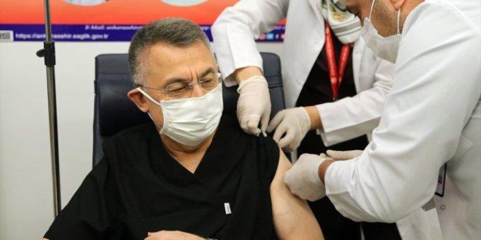 Fuat Oktay da korona aşısı oldu