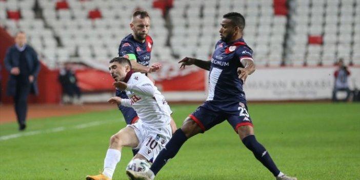 Trabzonspor 1 puanı son nefeste aldı