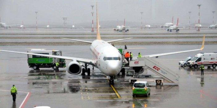 Samsun İstanbul yolcu uçağında panik. Acil iniş yaptı