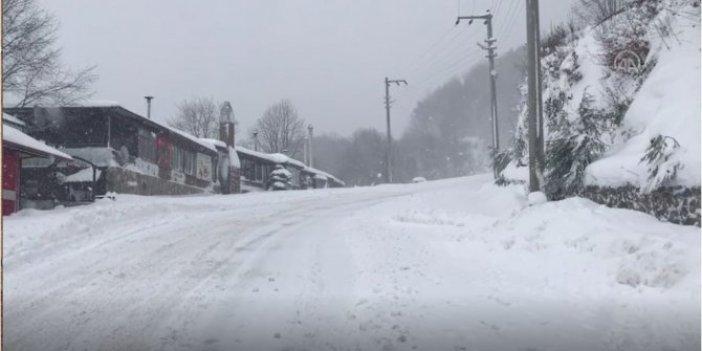 Kocaeli Kartepe'de kar kalınlığı 85 santimetre oldu