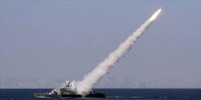 İran'ın fırlattığı füzeler, ABD gemilerini teğet geçti