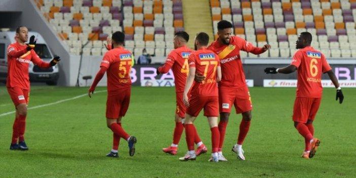 Yeni Malatyaspor ikinci yarı farka koştu. Kötü gidişe son verdi