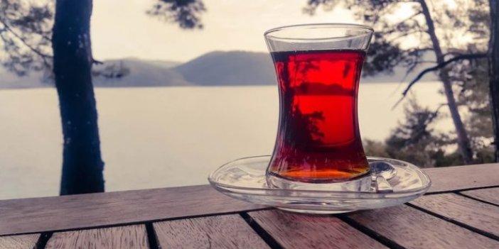 Çaya şeker atarken çok çok iyi düşünün. İç Hastalıkları Uzmanı tiryakileri uyardı
