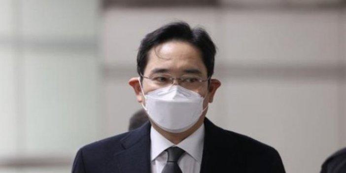 Samsung'ta yolsuzluk iddiası. Üst düzey yöneticiye hapis cezası