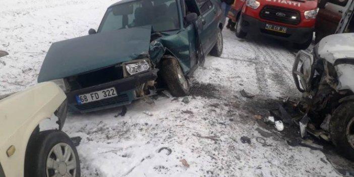 Konya'da zincirleme kaza ölü ve yaralılar var